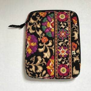 Vera Bradley IPad or Laptop Case 11 inch